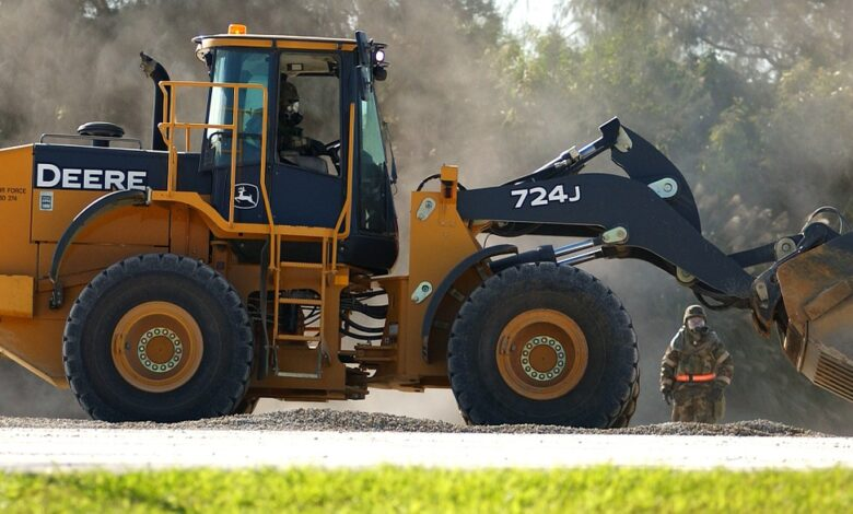 Photo of Skills and Qualifications to Become a Heavy Equipment Operator